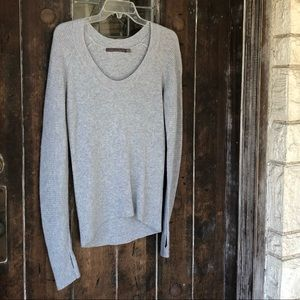 Feel the Piece | Cashmere Blend Sweater Thumbholes
